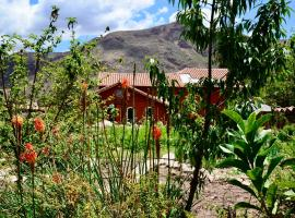 Kinsapacha Eco Lodge Farm, B&B in Urubamba