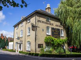 The Pembroke Arms, hotel near Stonehenge, Salisbury