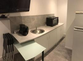 Appartement jardin Clamouse, hotel in Montpellier