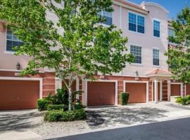 Splendid 3 Bd Close to Universal @ Vista Cay Resort 4830#183, holiday home in Orlando