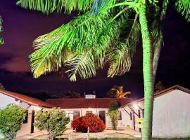 Pousada Vila Cajuína - Luís Correia, guest house in Luis Correia