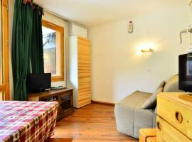 Appartement Bellentre, 1 pièce, 2 personnes - FR-1-329-2, Ferienwohnung in Bellentre
