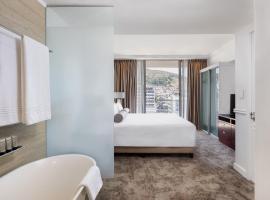 Pepperclub Hotel, hotel in Cape Town