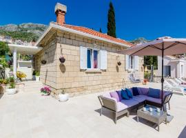 Holiday Home Lungo Mare, holiday home in Mlini