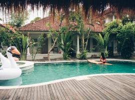 Endless Summer Surf Camp Kuta Bali, hotel with jacuzzis in Legian