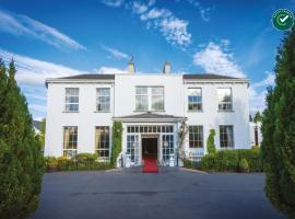 Castle Oaks House Hotel, hotel in Limerick