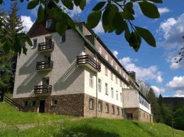 Chata Ořovský, hotel in Železná Ruda