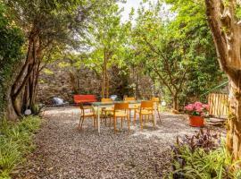 """Casa, spiaggia e giardino: """"La Rana e il Gigante"""", villa in Monterosso al Mare"""