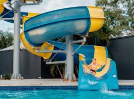 Nobby Beach Holiday Village, hotel in Gold Coast