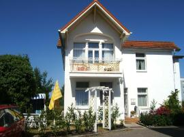 Pension Mittag, Hotel in Heringsdorf