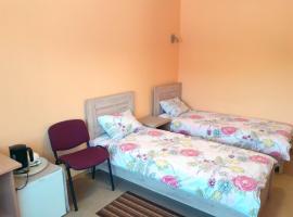 Trumpalaikė kambarių nuoma - Neveronys SAURIDA, hotel near Kaunas Airport - KUN,