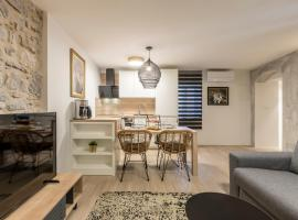 Diamond in the heart of the Palace, apartment in Split