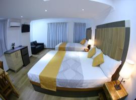 Hotel Vicentina, room in Boca Chica