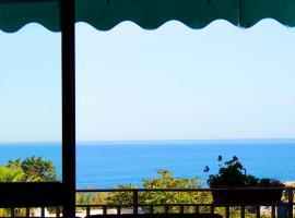 Oikia Vacanze Hotel Porto Badisco, hotel in zona Spiaggia di Porto Badisco, Porto Badisco