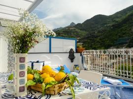 La Rosa dei Venti - Grecale, holiday home in Maiori