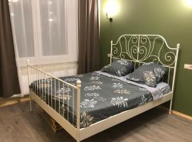 Новые апартаменты рядом с пляжем, self catering accommodation in Mytishchi