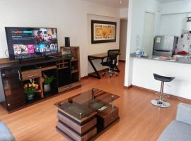 Luxury Loft & Suite Miraflores Central Park, hotel with pools in Lima