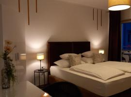 Garfild 1 Guest House, bed & breakfast a Novi Vinodolski