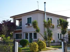 Rena's House, hotel near Araxos Airport - GPA,