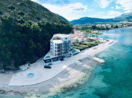 Hotel Vienna, hotel in Herceg-Novi