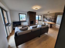 Luxury Apartment Daema, apartment in Selva di Val Gardena