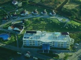 A1 Hotel and Resort, hotel in Arusha