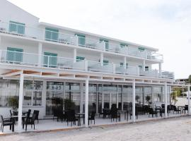 Hotel Victory, hotel in Mamaia