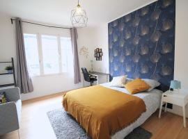 Bel appartement de 3 chambres au coeur du 15ème arrondissent, homestay in Paris