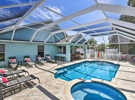 Modern Beach Retreat with Pool, Hot Tub and Patio, Ferienunterkunft in Fort Myers