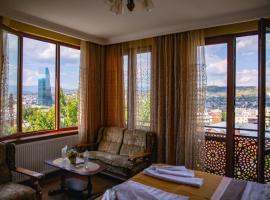 Kolorit Old Tbilisi, отель типа «постель и завтрак» в Тбилиси