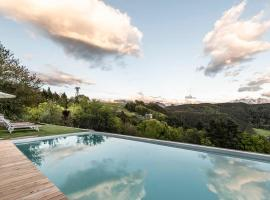 Pippos Mountain Lodge, hotell i Oberbozen