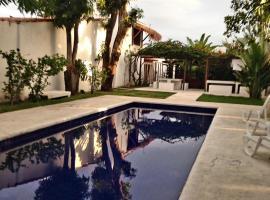 Villa Ostello Pousada, hotel with pools in Paripueira