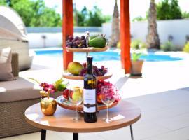 Villa Golden Apple, holiday home in Seline