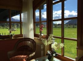 Ferienwohnung Orchidee, Hotel in Kössen
