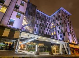 Urban Green Hotel & Suites, hôtel à San José