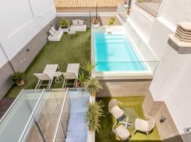 Tomas de Ibarra Premium Suites, hotel in Seville