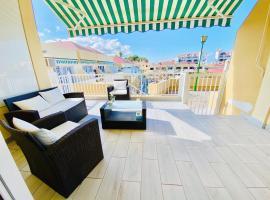 Lovely Mareverde FREE WIFI, hotel near Gran Sur Shopping Centre, Adeje
