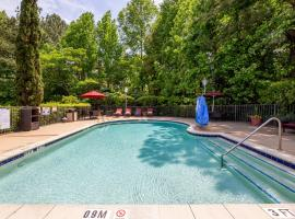 Hampton Inn & Suites Raleigh/Cary I-40 (PNC Arena), hotel in Cary
