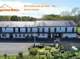 Basecamp Wales, hotel in Llanllyfni