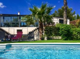 B&B AND SPA L'ESCALE COTE BLEUE, hotel with jacuzzis in Sausset-les-Pins