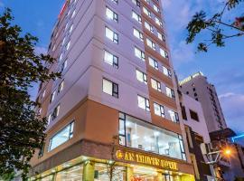 An Thuyen Hotel, hotel near Dragon Bridge, Da Nang
