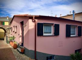 Casa Sara, Levanto, in collina ad un passo dal mare!, villa in Levanto