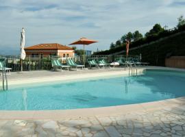 Olivium, serviced apartment in La Spezia