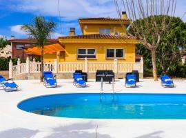 Alegria Villa, cabana o cottage a Salou