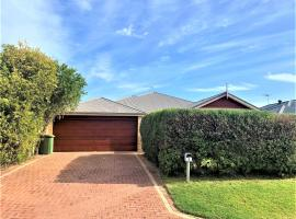 RETREAT ON BROADWATER, vacation home in Busselton