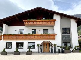 Garni Hotel Platzer, отель в городе Бургузио