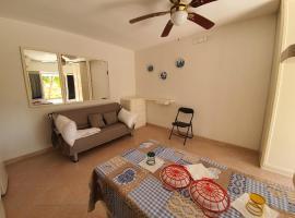 Splendido Monolocale fronte spiaggia, hotel a Gallipoli