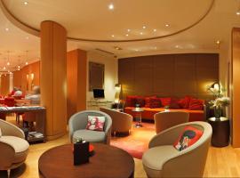 Westside Arc de Triomphe Hotel, hotel near Wagram Metro Station, Paris