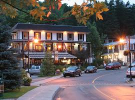 Hotel Mont-Tremblant, hotel in Mont-Tremblant