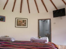 Tullpa Rumy, guest house in Yungay